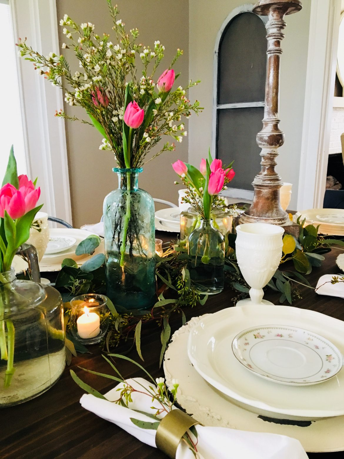Six tips on setting the ultimate Easter tablescape!
